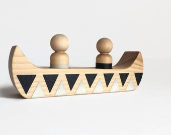 Wooden canoe with peg dolls - wooden toys - handmade toys - gifts for kids