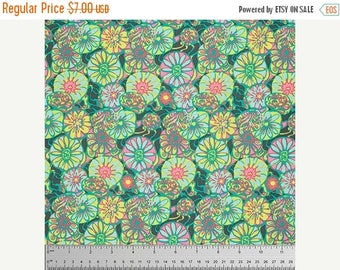 Winter Sale Daisy Shine in Citrus Fabric from the True Colors Collection by Amy Butler - 1 Yard
