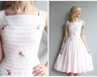 1950s Dress // Ellen Kaye Floral Party Dress // vintage 50s dress