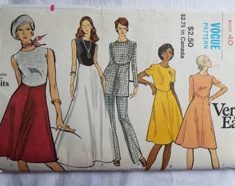 Vintage 70s VOGUE Pattern 8318 Dress, Tunic and Pants Evening Gown or Day Knee lengths Sz 18 Uncut