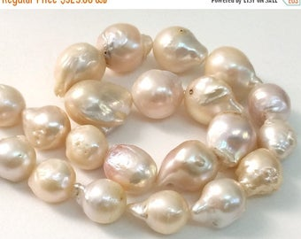 ON SALE 65% Baroque Pearls, Natural Fresh Water Baroque Pearls, Natural Pearls, Pearl Necklace, 10-18mm, 8 Inch, 14 Pcs - PGP356
