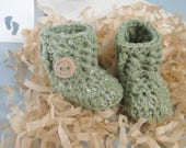 Pregnancy Announcement, Baby Reveal, Grandparents, Daddy, 0-3 Months, Baby Booties, Baby Shower, Baby Gift, Hemp Blended  Yarn