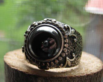 Large Vintage Women's Ring with Black Shiny Onyx Stone and Fleur-de-lis Symbols Size 11 Ladies Ring New Orleans