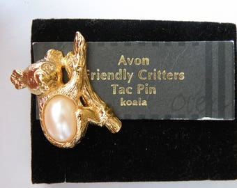 Avon FRIENDLY CRITTERS Koala Tac Pin. Gold plated metal, faux pearl.