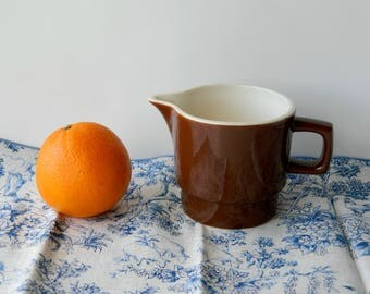 Brown Creamer, Milk Jug or Serving Pitcher. Vintage Farmhouse Kitchen Tableware. Shelf Display. Primitive Home Decor. Rustic Country Chic.