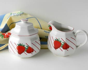 Sugar and Creamer Set. Mikasa Fresh Fruit Strawberries. Made in Japan. Vintage Farmhouse Cottage Serving Tableware. Country Kitchen Decor.