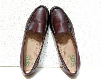 Mahogany Leather Loafers - Vintage 1990s SAS Slip On Shoes - Comfortable Work & Travel Shoe - Timeless, Classic Look - Great Condition