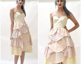 SALE 80s does 50s Vintage Party Bridesmaid Wedding Dress Pastel Pink and Cream Size XS Small// Vintage 80s Prom Dress Strapless Wedding Dres