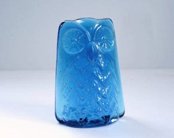 Kitsch Glass Owl Paperweight Cobalt Blue, Mid Century Glass Owl Bookend, Vintage Cobalt Blue Glass Owl Figurine, Kitsch Owl Figurine
