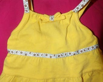 Size 3 to 6 months yellow 3 tiered sun dress & matching panties with ribbon trim - k07a