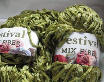 Festival Mix Fiber Lime Green Yarn