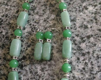 Adventurine Necklace with Matching Earrings