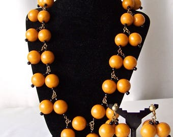 Vintage Bakelite Butterscotch Bobbles Necklace Orange Butterscotch Earrings Necklace Set by Anka 1940s Necklace Earrings