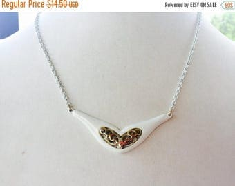 SUMMER SALE Beautiful Vintage White Enamel and Gold Tone Metal Scroll Necklace