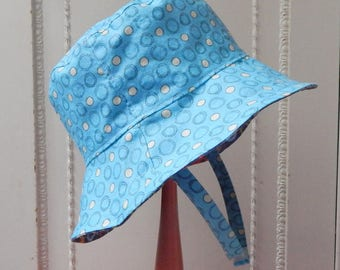 Baby Sun Hat, 6 to 12 Month Reversible Bucket Hat, Blue Baby Boy Sun Hat