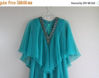 SALE perfect teal vintage dress with wing sleeves and deep plunge neckline CHIC