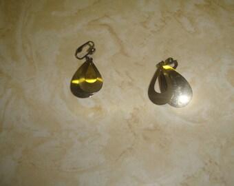 vintage clip on earrings silvertone goldtone teardrop dangles