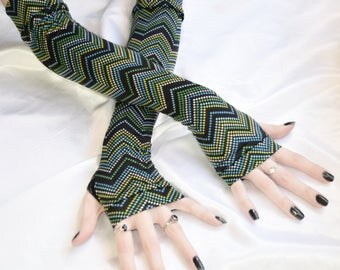 Polka dots Chevron Arm Warmers Fingerless gloves Armwarmers - Dotty - goth sci fi feminine gothic belly dance burlesque multicolored