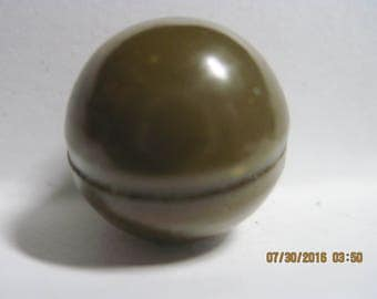 ANTIQUE BEAUTIFUL E 1900's Hollow Army Green 2pc Ball/Round Celluloid Button .....#363b