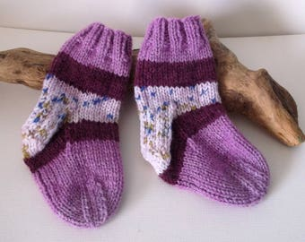 Multicoloured  hand knitted self patterning baby boy or girls socks. 9 to 18 months. UK 3  EU 19  US 3.5 Purple shades