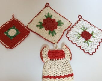 Vintage Red Crochet Pot Holders - Wall Decor- Hot Pads - Roses - Shabby  Cottage Chic - Farmhouse - Red Kitchen - French Cottage - Country