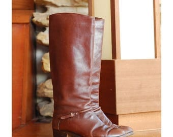 20% off sale / vintage brown leather Italian boots / size 8 7.5