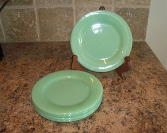 FREE USA Shipping-5 Vintage Fire King Jadeite Extra Heavy Restaurant Salad Pie Plates
