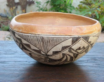 Vintage ACOMA Pueblo Indian Pottery polychrome Bowl , Circa 1930's