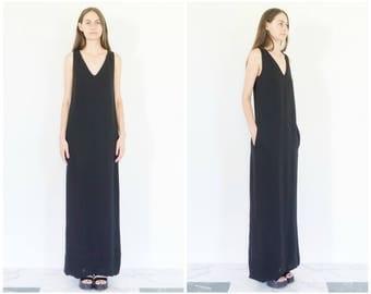 60s/70s Minimal Black Scoop Neck Maxi Dress / Evening Dress