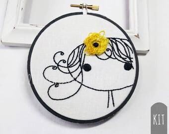 Hand Embroidery Kit DIY Stitching Project Box Girl Flower Beginner Embroidery