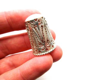 Vintage Filigree Thimble with Delicate Design