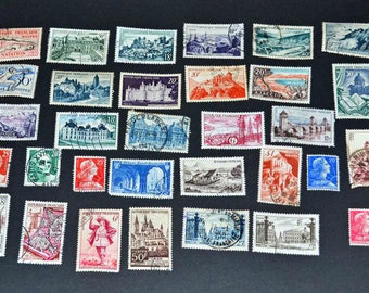 France 32 used stamps very fine condition