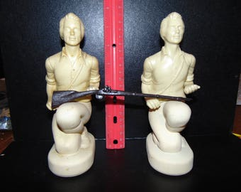 Avon Minuteman Decanters Tai Winds Aftershave 1 full 1 empty 1976