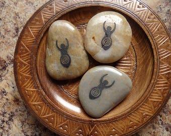 GODDESS River Stone Spirit Totem for Spiritual Jewelry or Crafts
