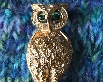 Hoot-Hoot! Vintage Owl Brooch with Green Rhinestone Eyes