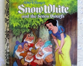 20% Summer SALE Snow White and The Seven Dwarfs 1990s Golden Book Collectible Children's Book, Excellent condition