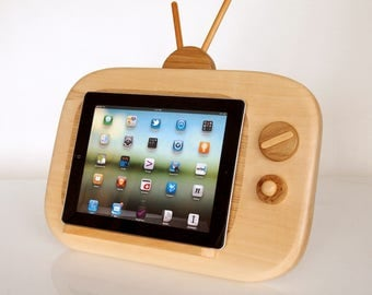 iPad TV - iPad wooden stand - iPad wooden holder - vintage TV style - handmade item - Unique Gift