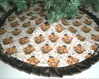 "Fall / Thanksgiving Tree Skirt ~ 47"" ~ Turkeys with Hats"