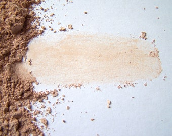 Light / Medium 6 Mineral Foundation - Soft Matte Foundation In a Tin - Zero Waste  - Vegan Makeup