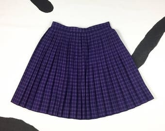 90s Purple Pleated Mini Skirt / Size 12 / Smythe And Company / Preppy / Large / Grunge / School Girl / Clueless / 90210 / Sassy / Jewel Tone