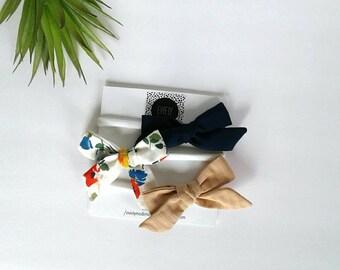 Set of three headbands nylon red navy blue floral peach clip