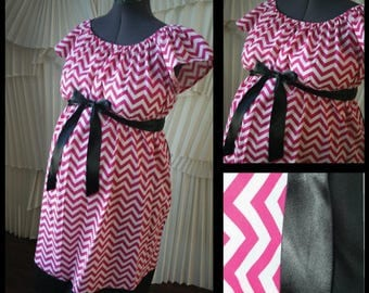Memorial Day Sale! Maternity Hospital Labor Gown- Pink Chevron, Black Band (labor and delivery gown)