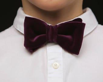 Purple boys bow tie, Purple velvet bow tie, Purple kids bow tie