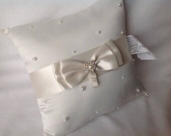 Vintage Ring Bearer's Pillow, Wedding pillow, Ring Bearer, Wedding Ring Pillow