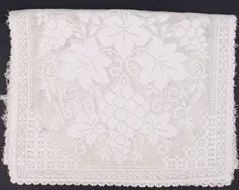 40's Lace Table Runner, White Filet Lace Grape Vine Pattern, Shabby Chic