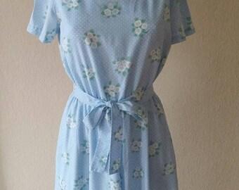 Vintage cornflower blue daisy day-dress/daisy print/size small