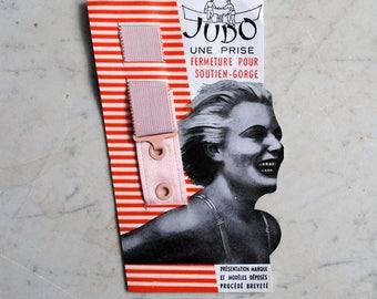 Vintage French elasticated hook and eyelet fastener for bra