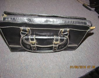New Vintage apostrophe  Business briefcase 17 x 12 x 4 1/2