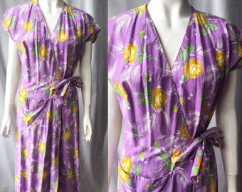 1940s cotton wrap dress / house coat / robe