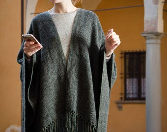 SALE 15% Handwoven Dark Green,Gray Ruana. Women's Poncho. Handwoven Blanket. One size. Wool. Mohair.Unisex Cape. With fringe. OOAK